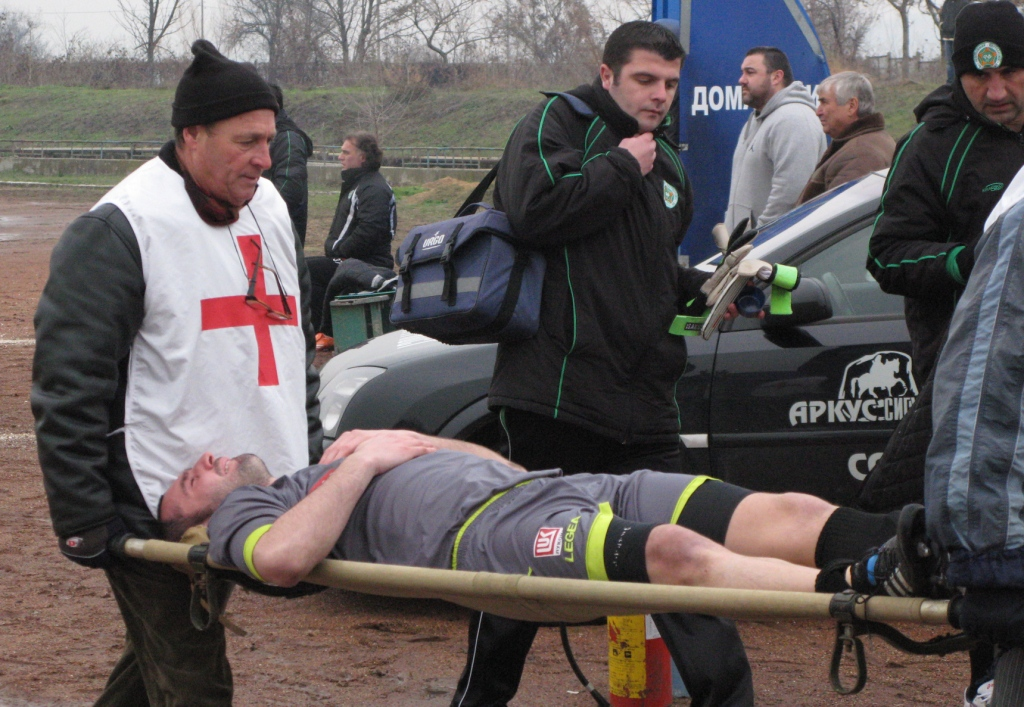 Цветан Димитров  – 40 дни с шина на коляното