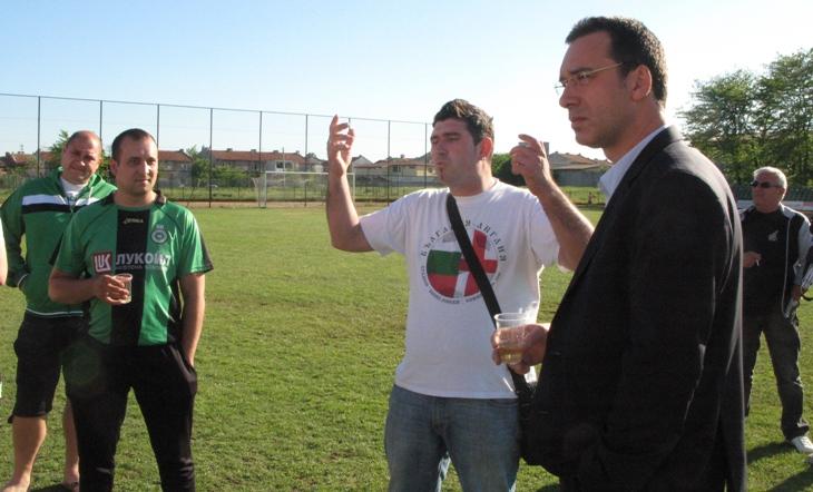 Ръководството изплати част от задълженията към футболистите на Нефтохимик
