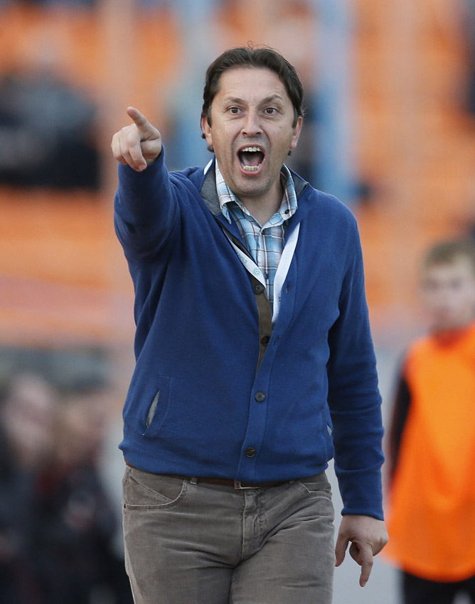 """Атанас Атанасов: """"Пред Нефтохимик предстоят два жизненоважни мача за първенство. После ще мислим за купата"""""""