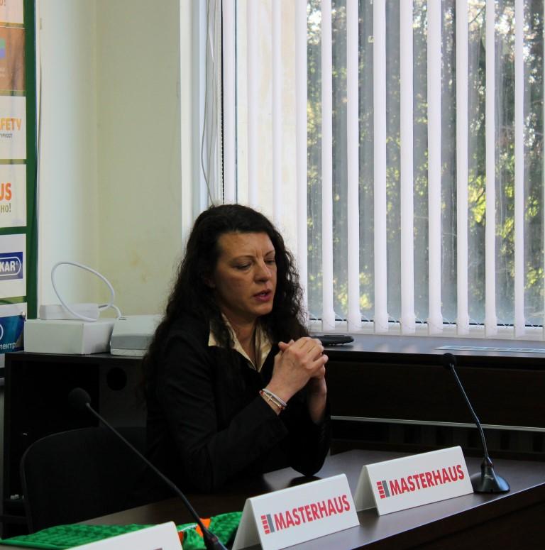 Гергана Видова: Радвам се, че защитаваме цветовете на Нефтохимик