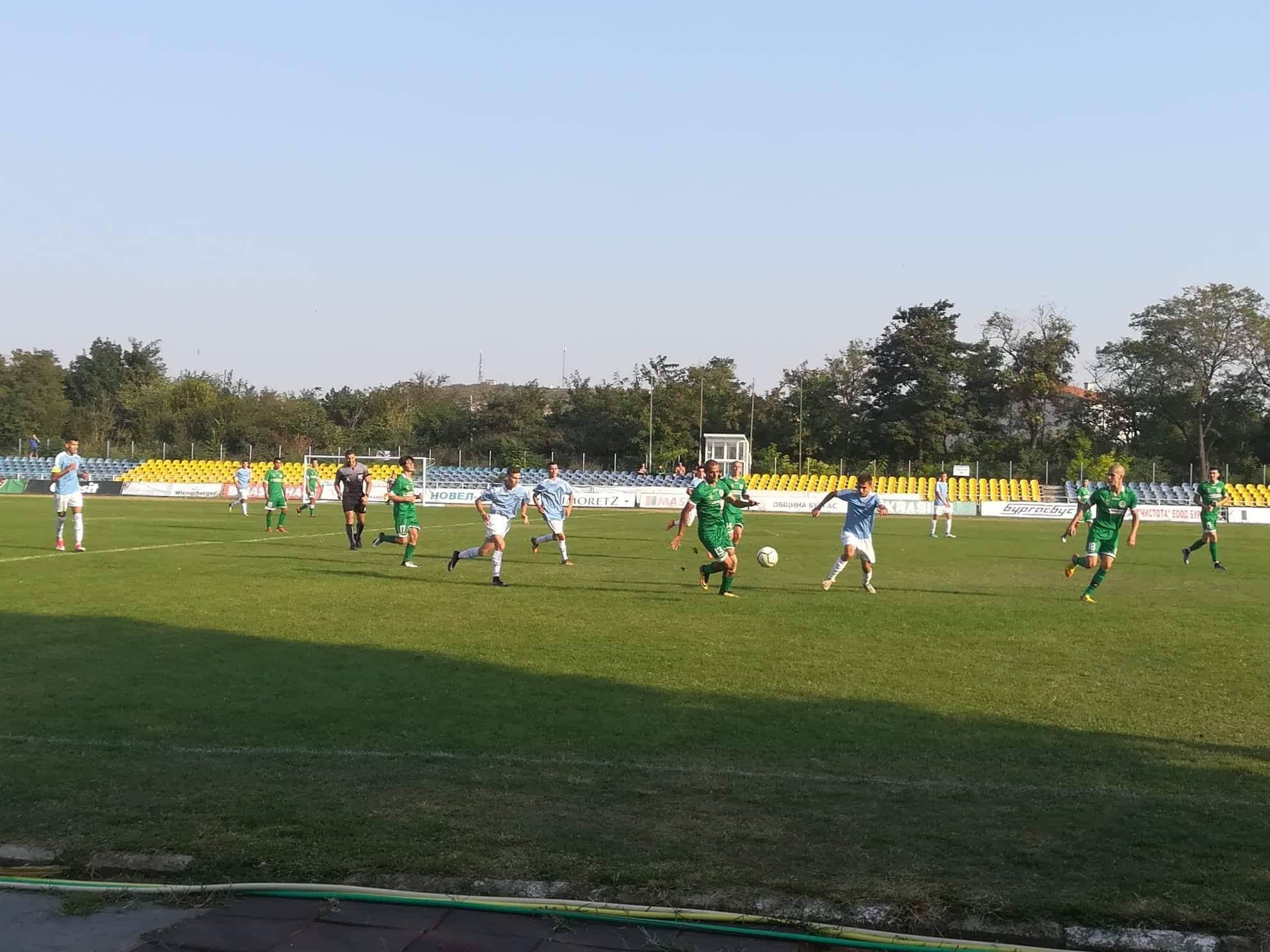 Нефтохимик U19 взе три точки у дома срещу Дунав U19