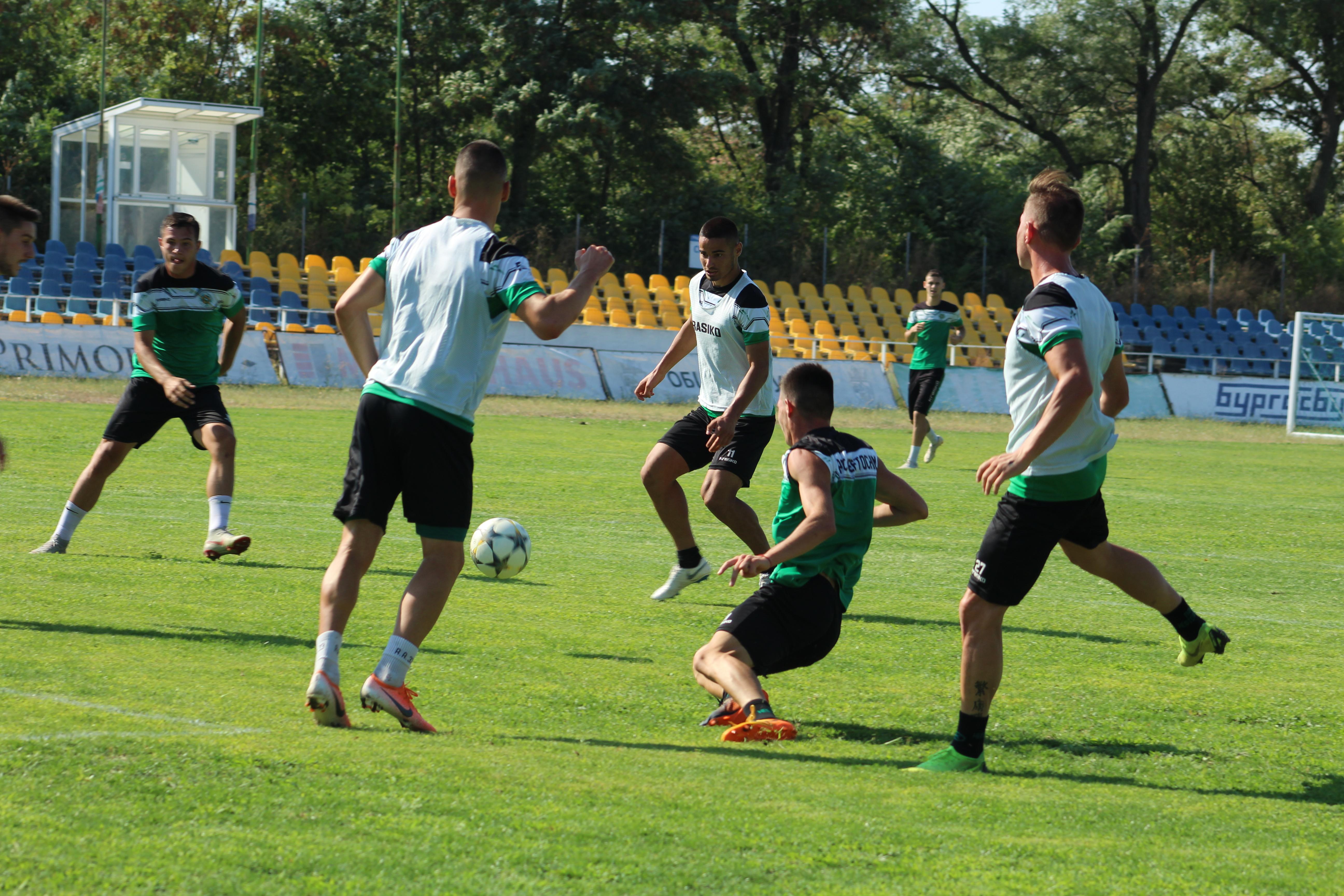 Нефтохимик излиза срещу Севлиево в мач за Купата на България